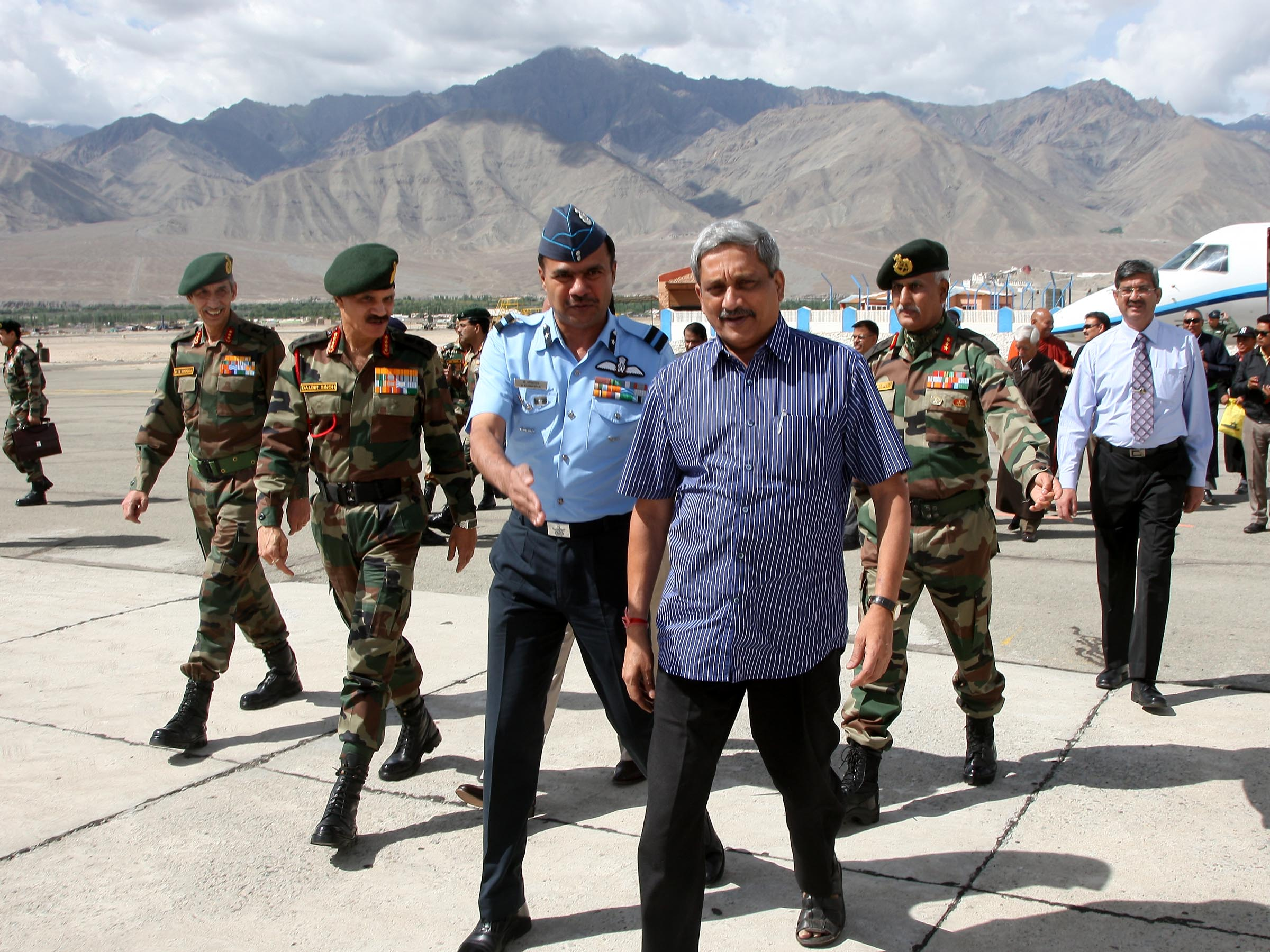 Union Minister for Defence at Leh Technical Airport Accompanied by Army Chief Gen Dalbir Singh REceived by Army Commander Northern Command Lt Gen DS Hooda