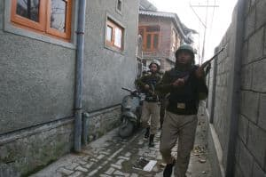 Security forces in Kashmir encounter