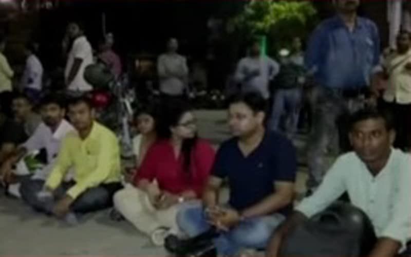 journalists protest death of santanu bhowmik.