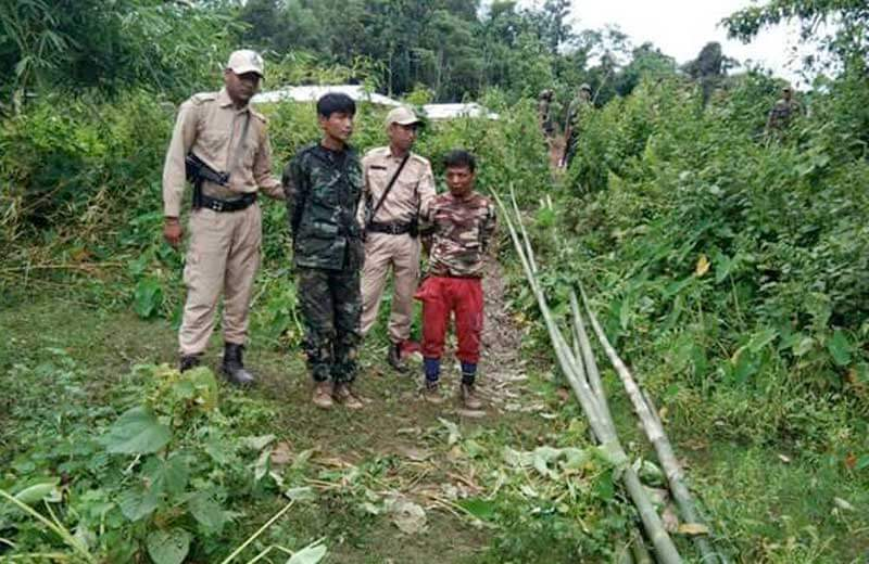 assam rifles arrest militants.