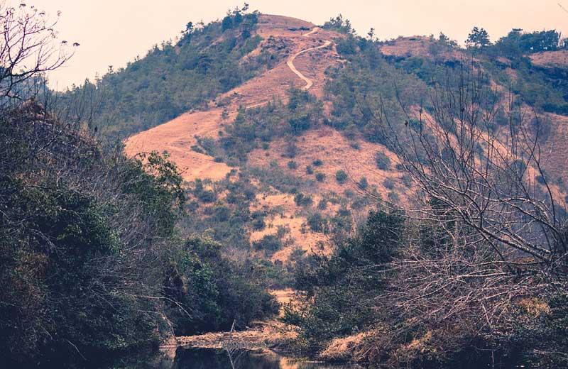Meghalaya border. Image by Pynkhlainborlang Khongwar from Pixabay